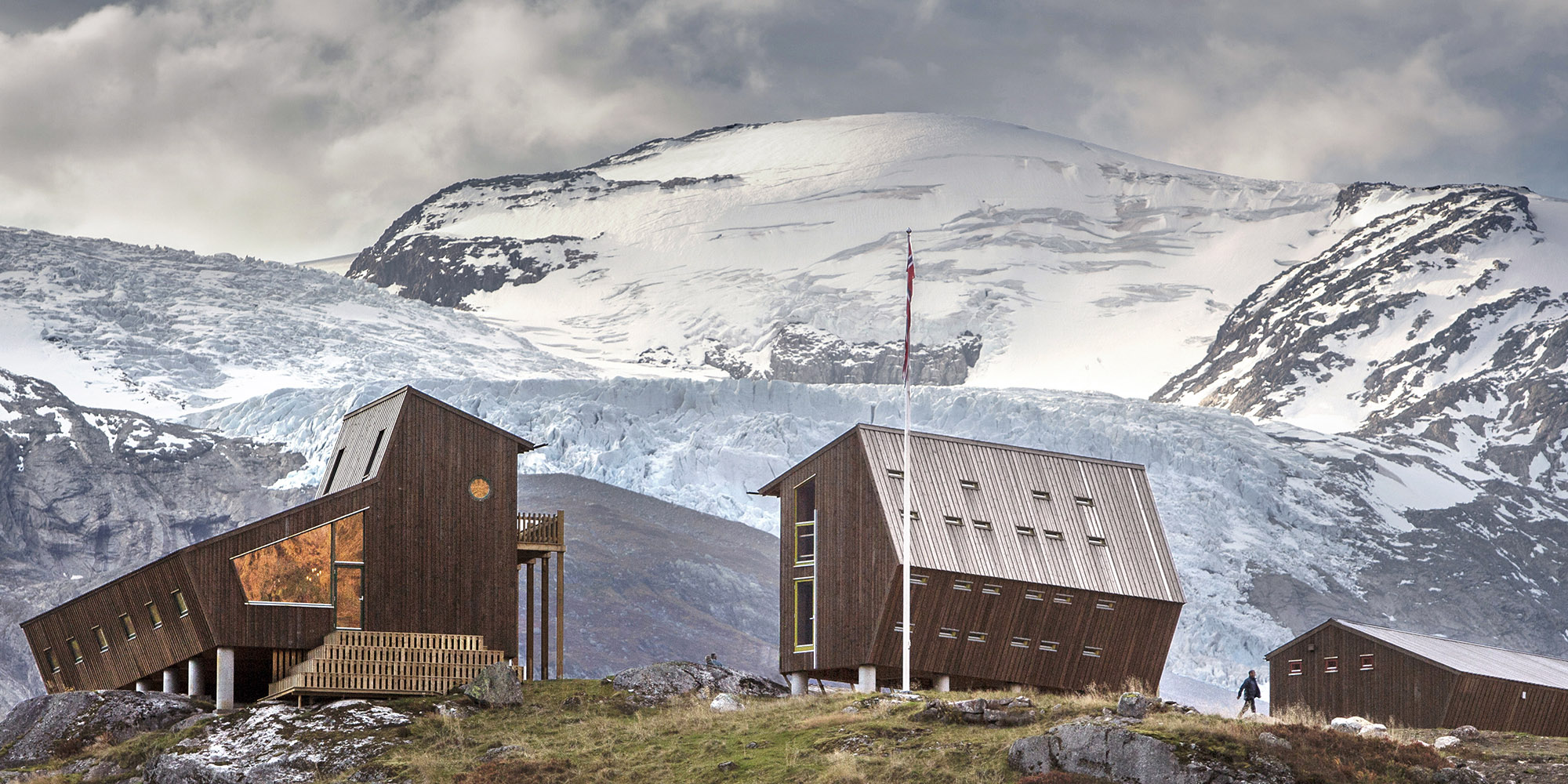 Trekking across the Norwegian icefields and a pentagonal timber cabin