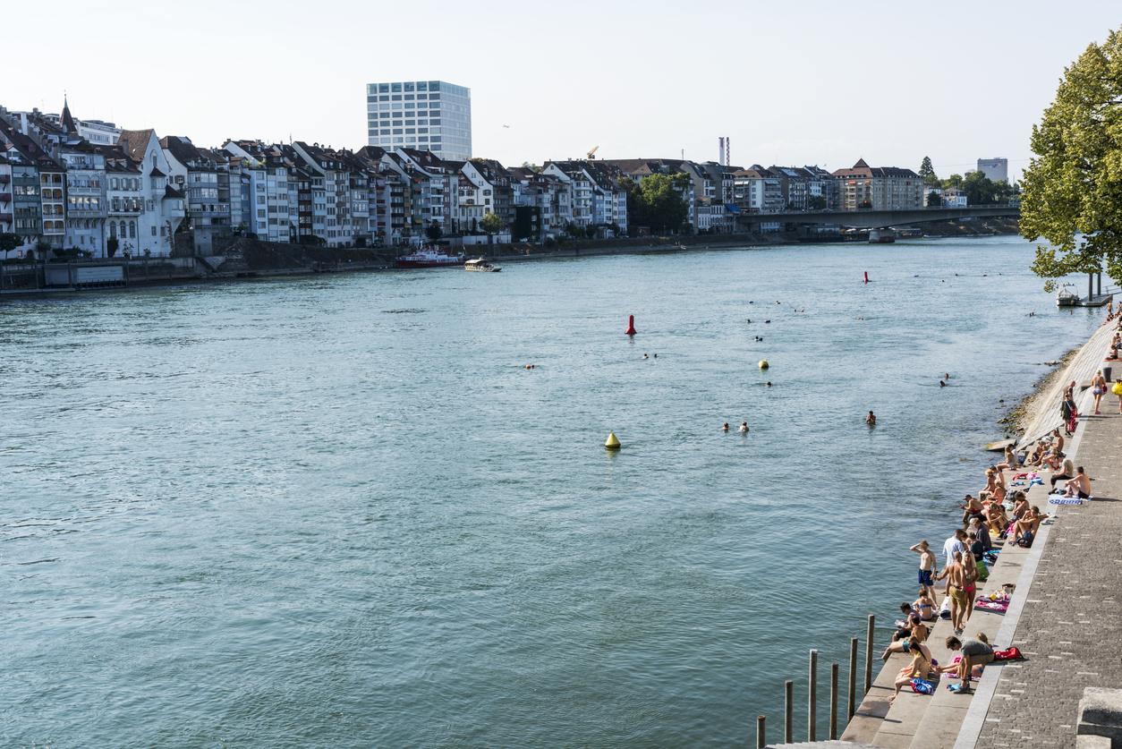 Forme dell'acqua: vivere, nuotare in città. Rivoluzione dei fiumi