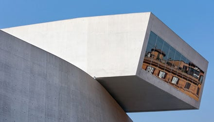 Fotografare l'architettura. Tecnica di base e nuove tecnologie di post-produzione