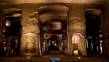 Materia, Colore, Luce – Convegno nelle catacombe di San Gennaro a Napoli