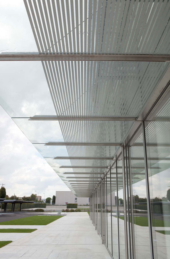 Light laboratories, iGuzzini, building for the Recanati offices