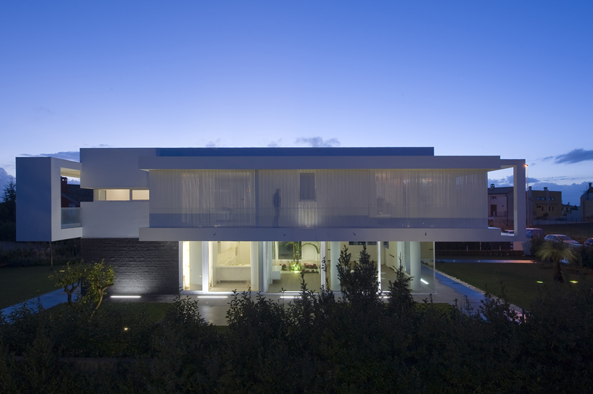 Volumes and spaces used to distinguish architecture villa pm - Architecturen volumes ...