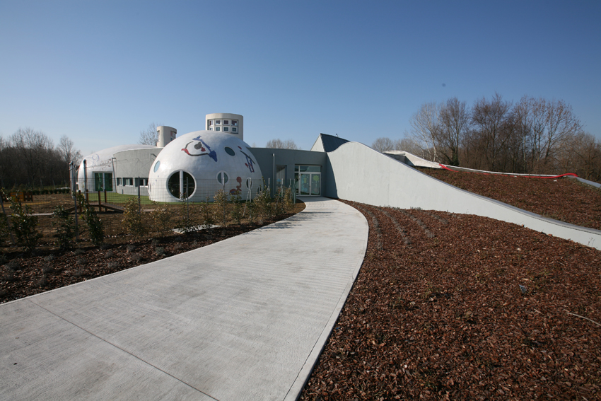 Organic Architecture For An Early Learning Centre Centro