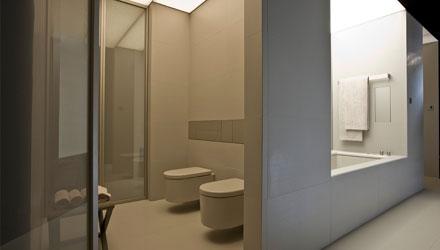 Nuovo concetto di salle de bain da Armani / Roca