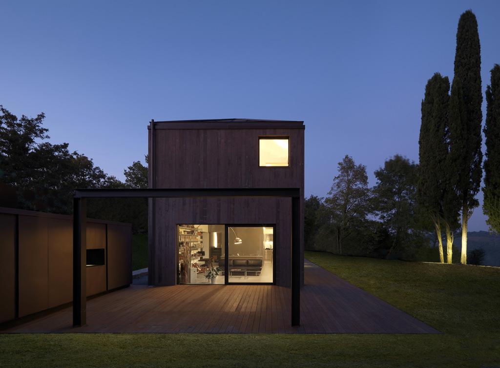 Private house via dei colli for Houseplans vivente del sud