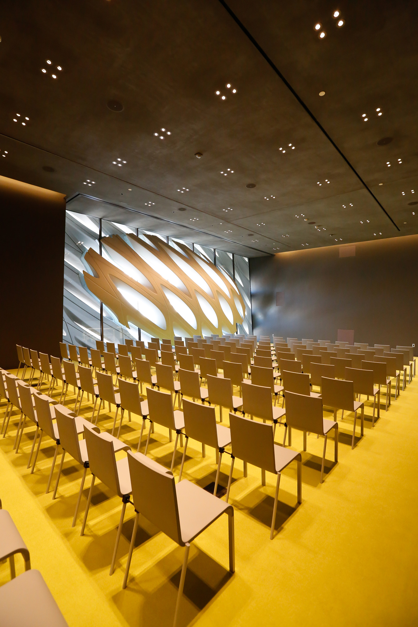 Contemporary Art Museum The Broad © Elizabeth Daniels, courtesy of The Broad and Diller Scofidio + Renfro