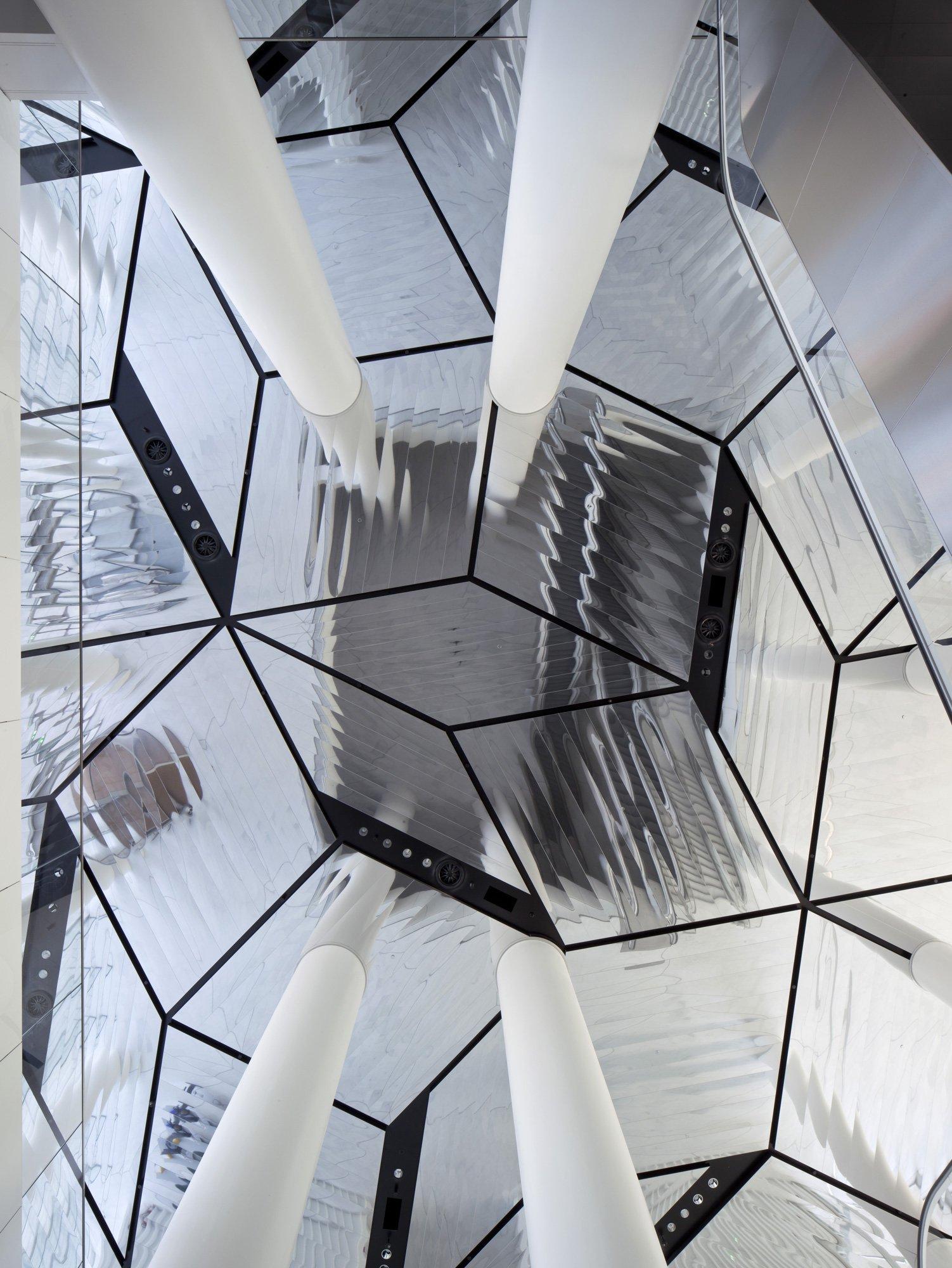 Citylife Tower, Arata Isozaki and Andrea Maffei © Alessandra Chemollo