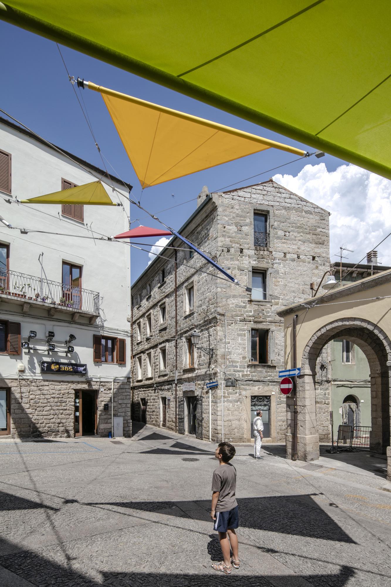 Piazza Faber a Villa Pausania, Alvisi+Kirimoto © Luigi Filetici