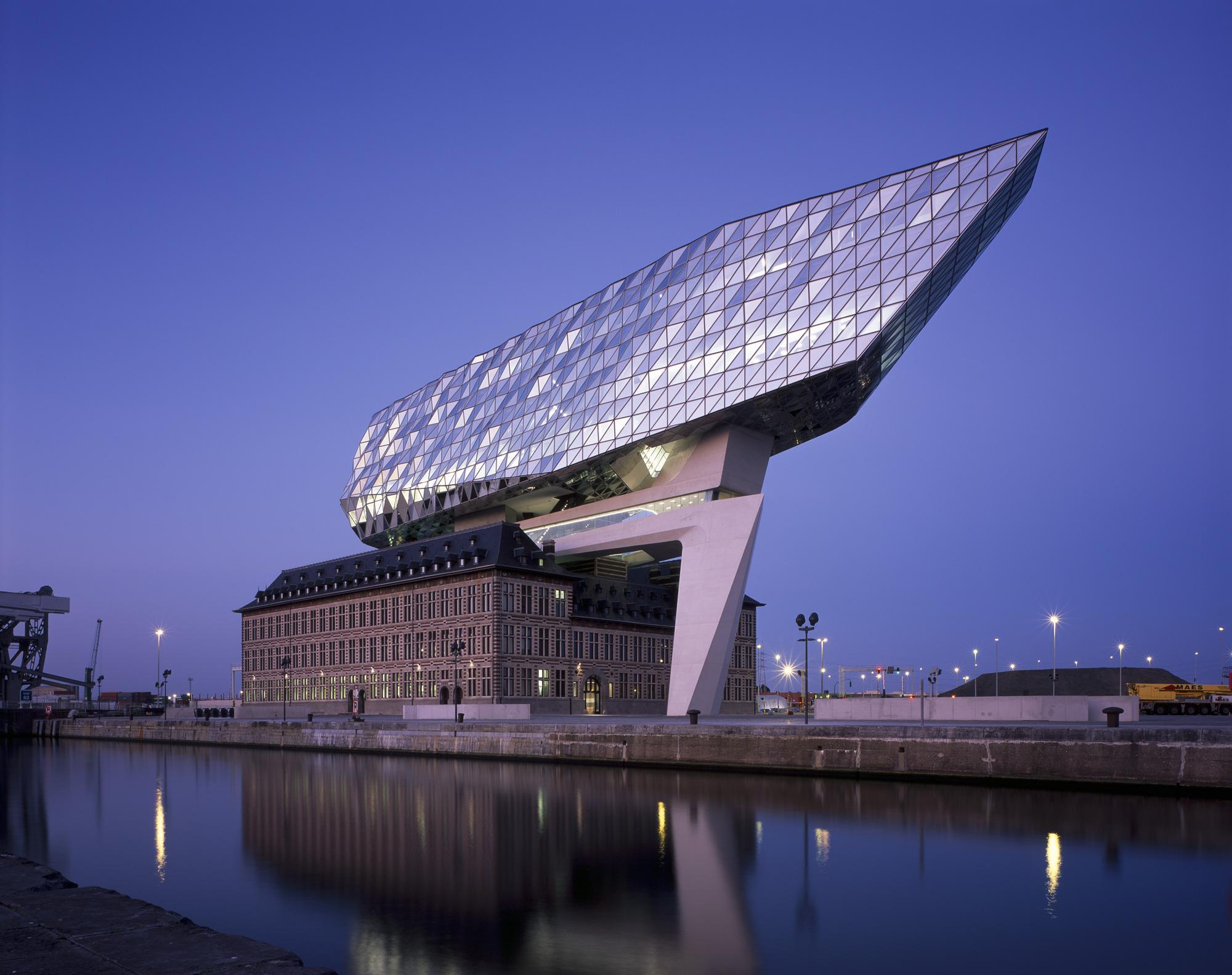 La nuova Port House, Zaha Hadid Architects © Hélène Binet