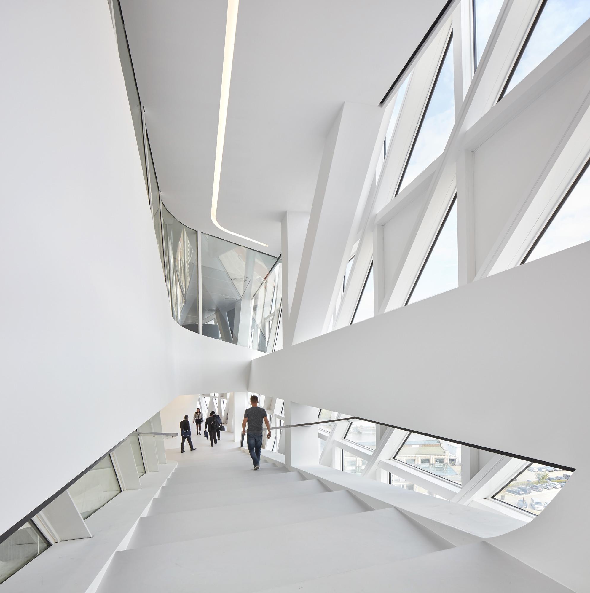 La nuova Port House, Zaha Hadid Architects © Hufton + Crow
