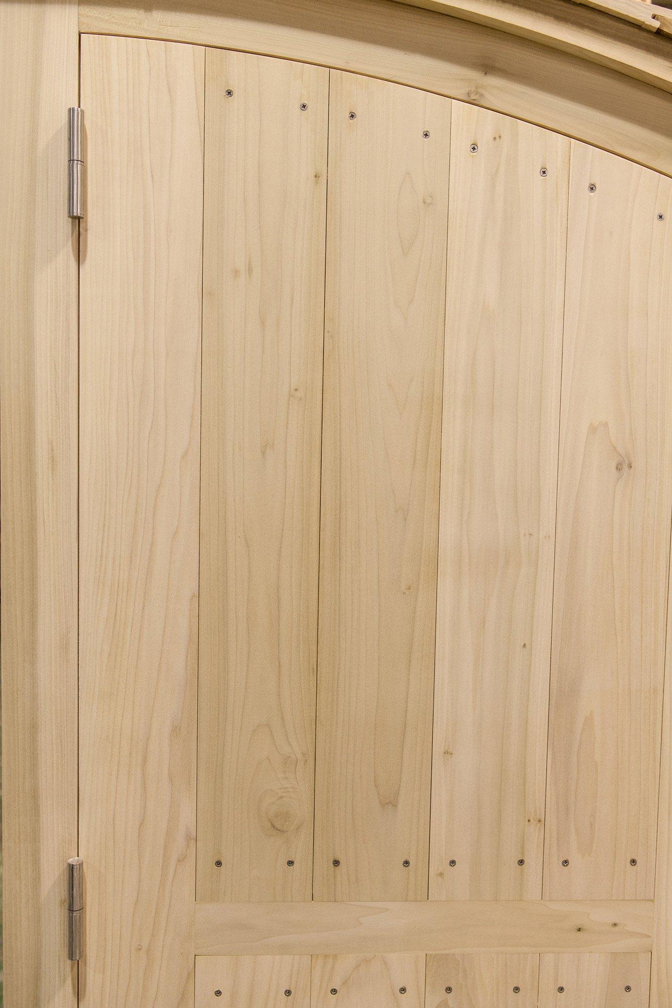Tulipwood door detail at La Navarra © Uxio Da Vila