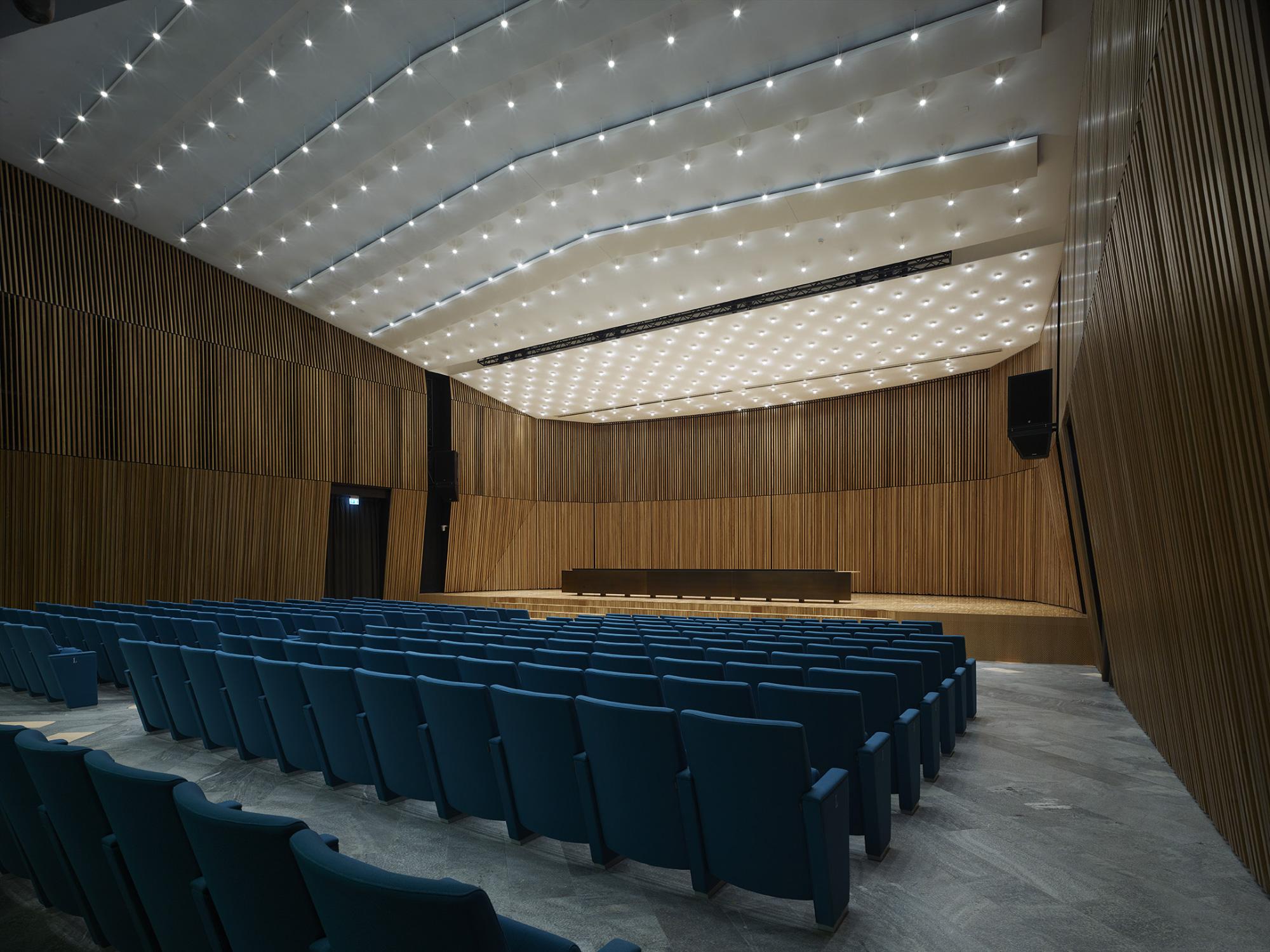 Ristrutturazione Aula Magna Auditorium