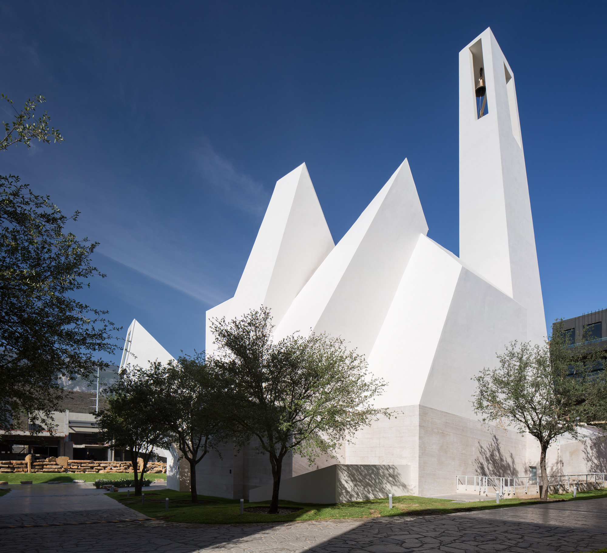 Parish Church El Senor De La Misericordia, Moneo Brock - Jeffrey Brock © Jorge Taboada
