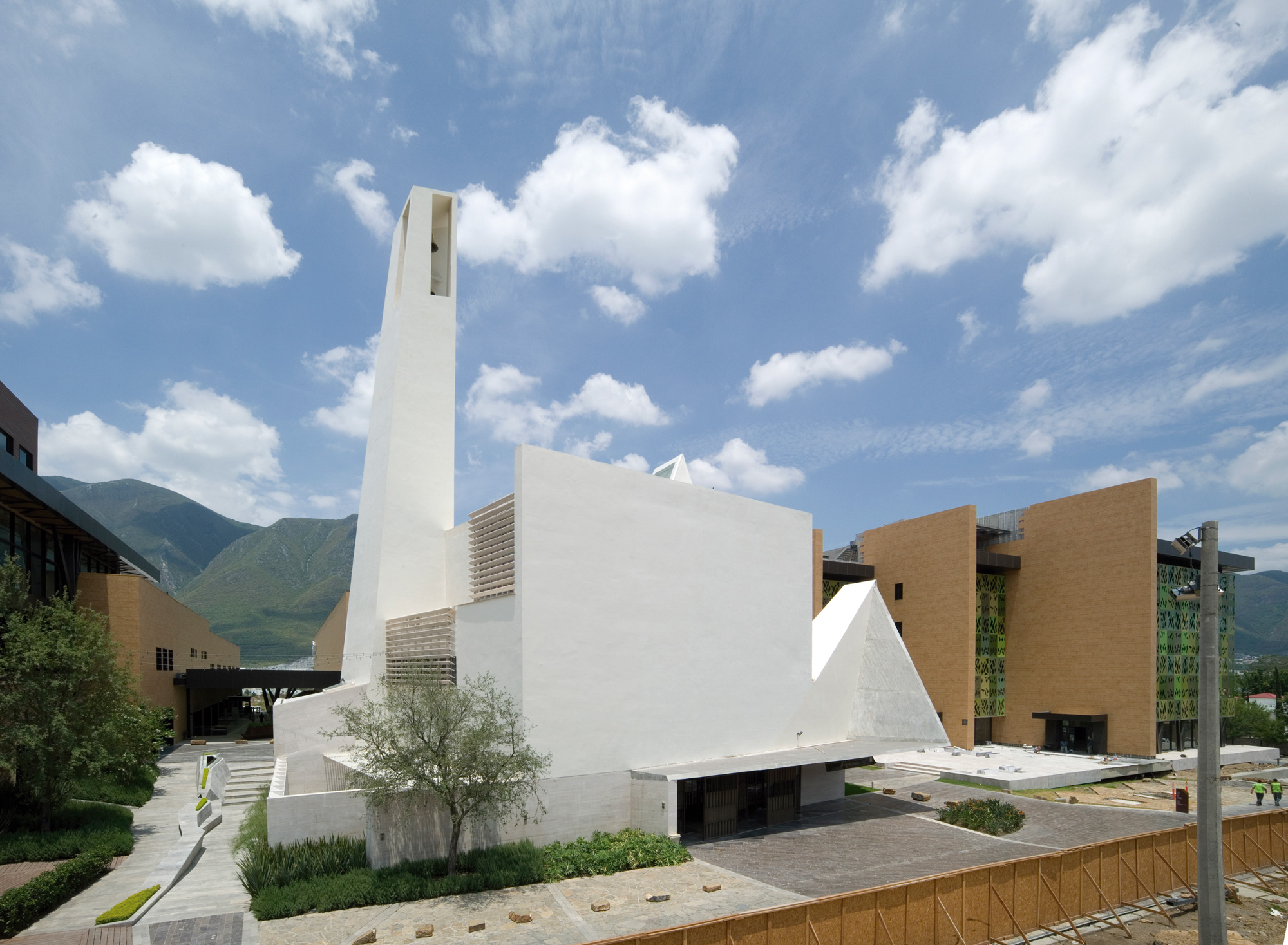 Parish Church El Senor De La Misericordia, Moneo Brock - Jeffrey Brock © Jeffrey Brock