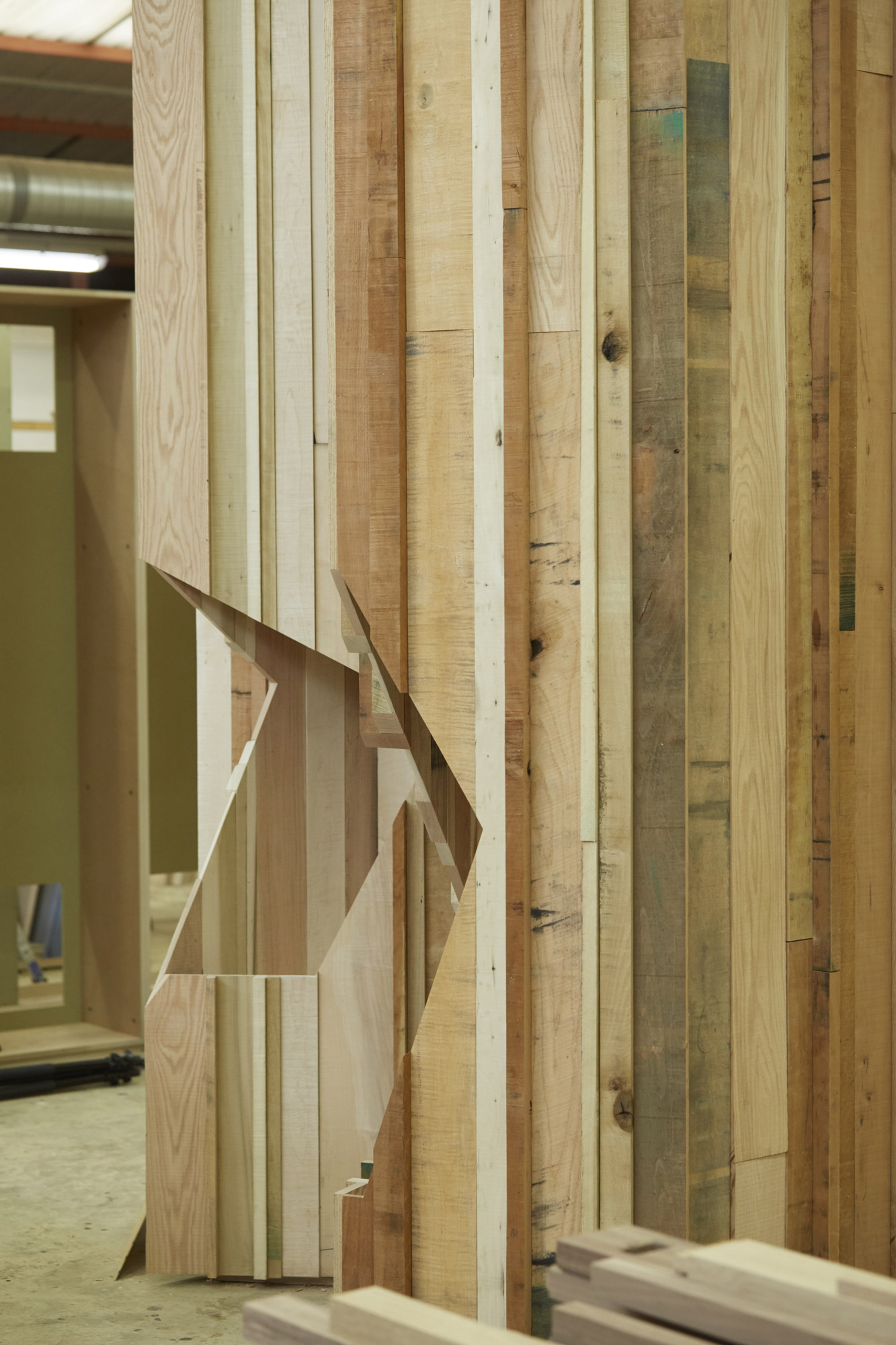 Too Good To Waste: Contrasting finishes on two parts of the installation; smoothly finished timber i © Jon Cardwel