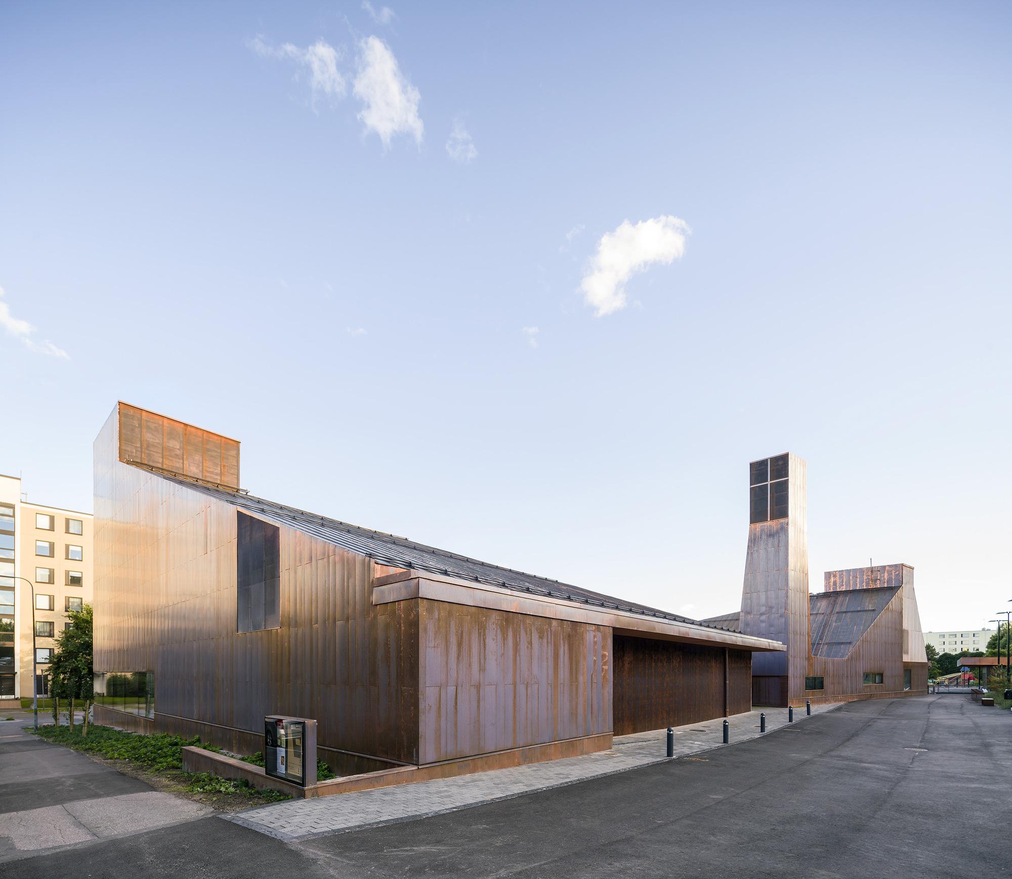 Suvela Chapel, OOPEAA © Mika Huisman
