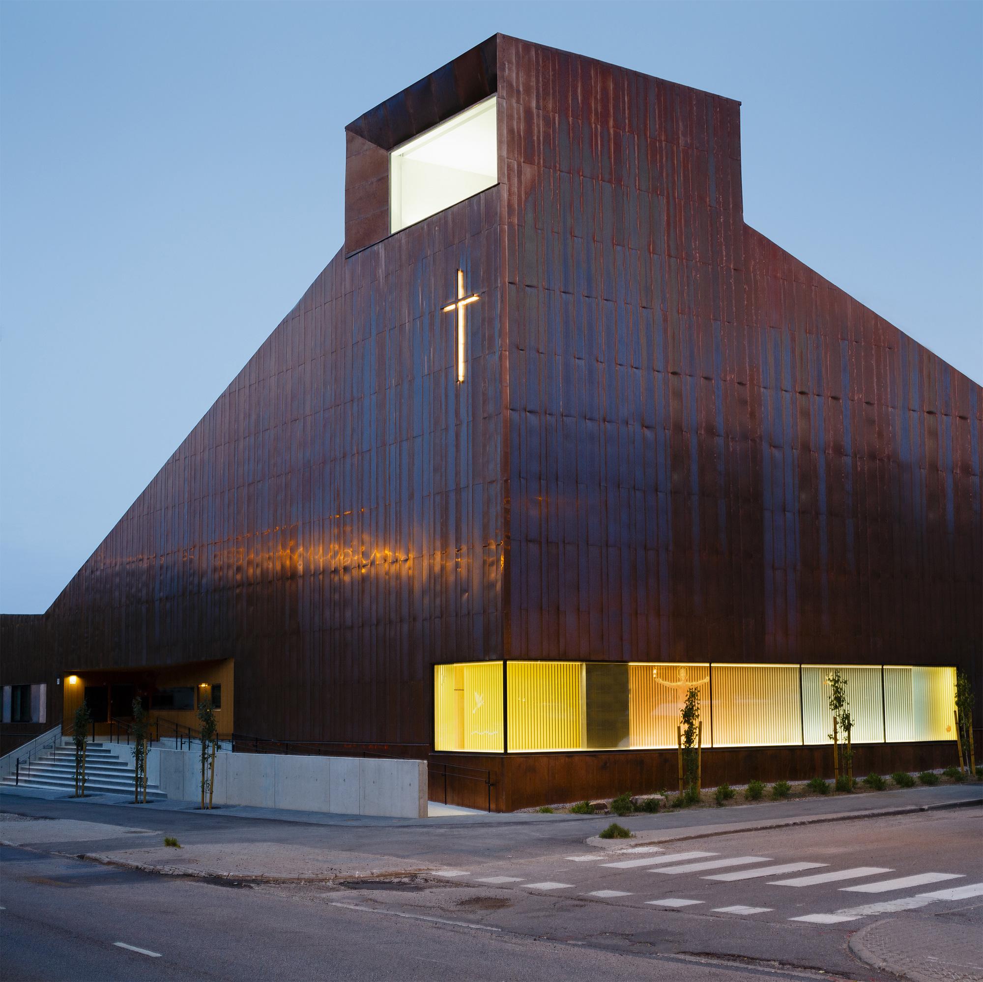 Suvela Chapel, OOPEAA © Marc Goodwin