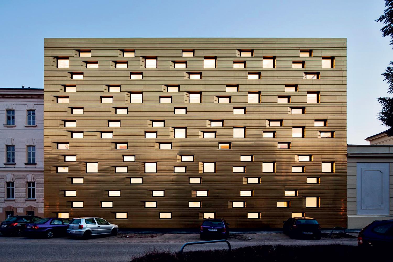 Corte di Giustizia - St. Pölten, Austria  Architekt Dr. Kronaus