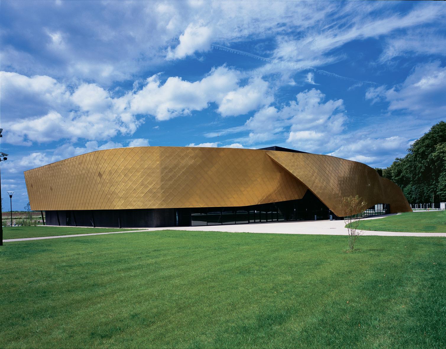 Auditorium Le Safran - Brie Comte Robert, France Semon-Rapaport Architects