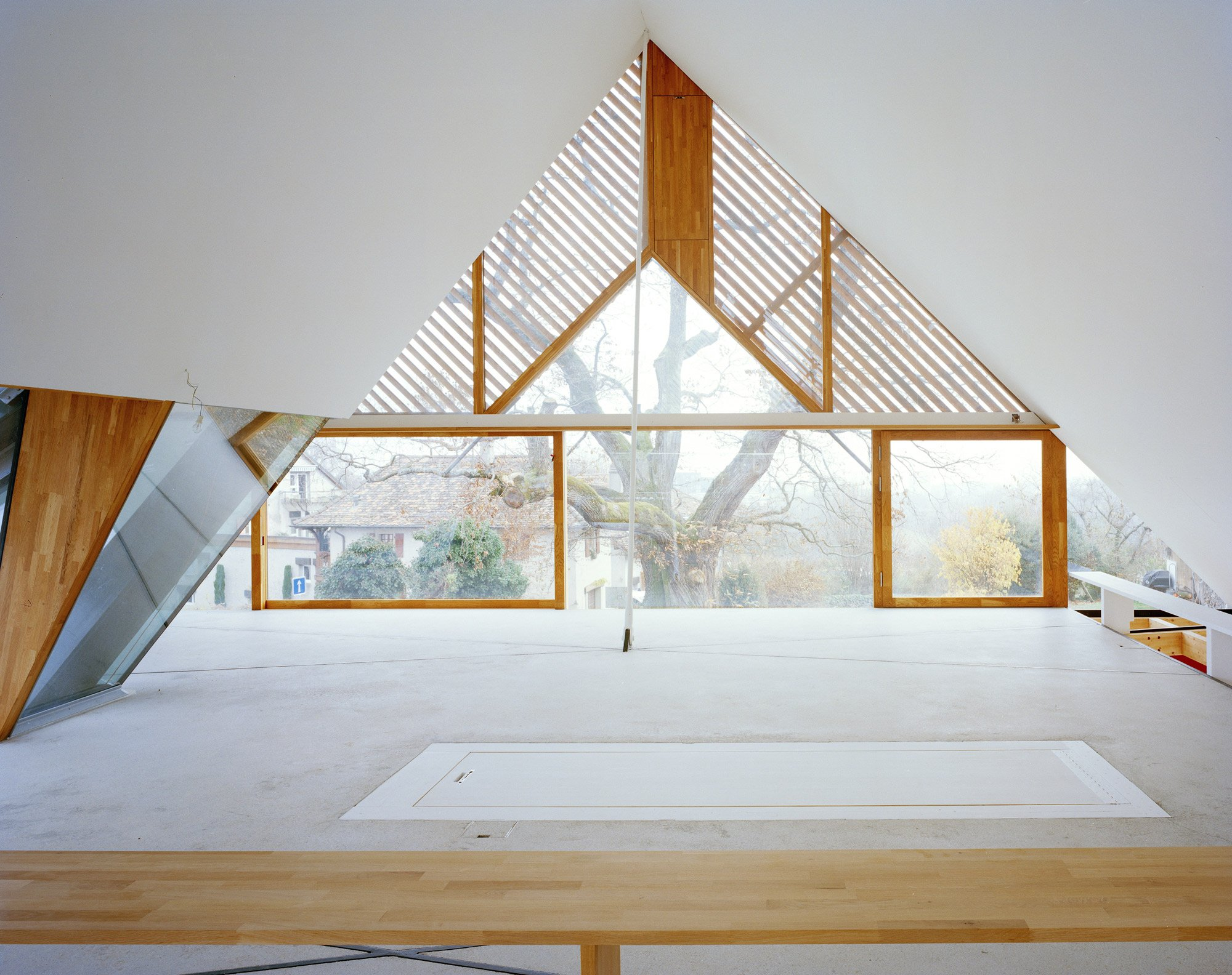 2 Houses in Chigny