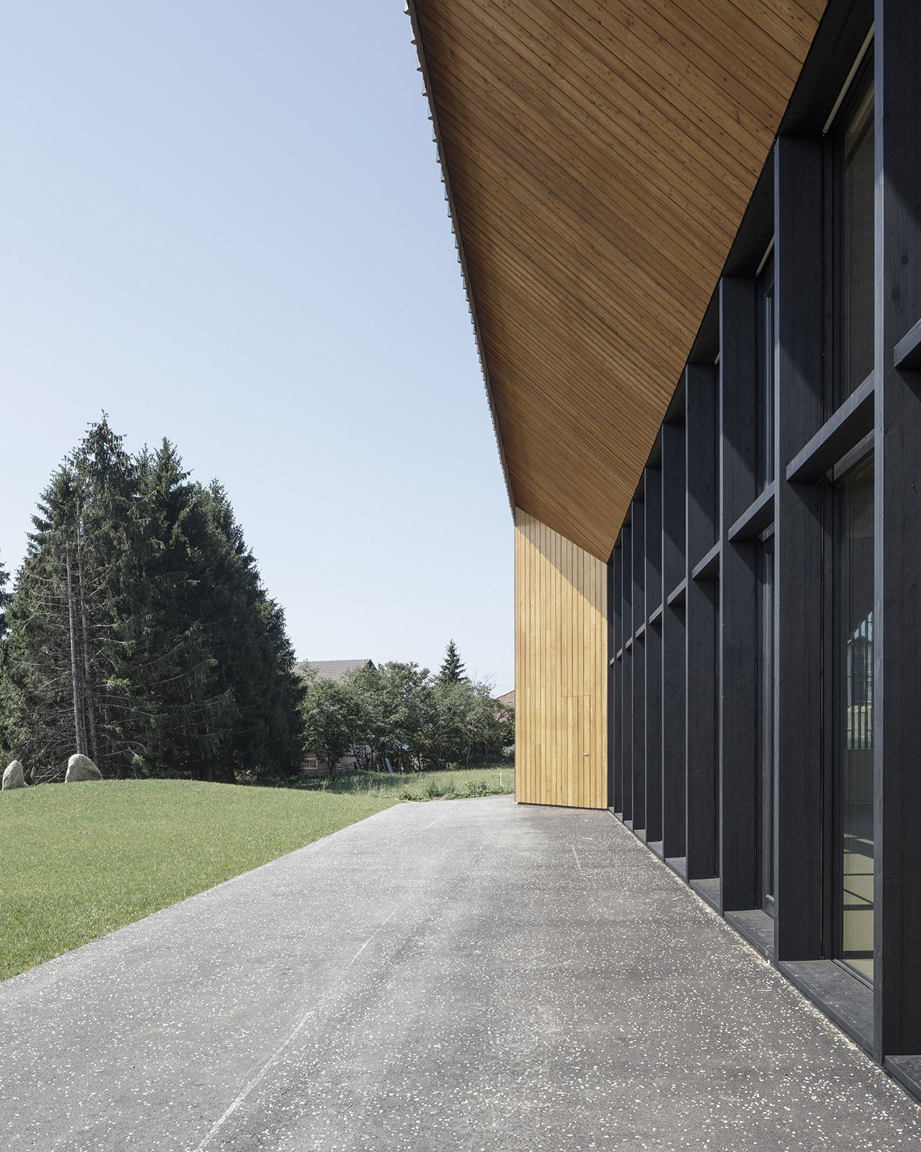 Polyvalent Hall in Le Vaud
