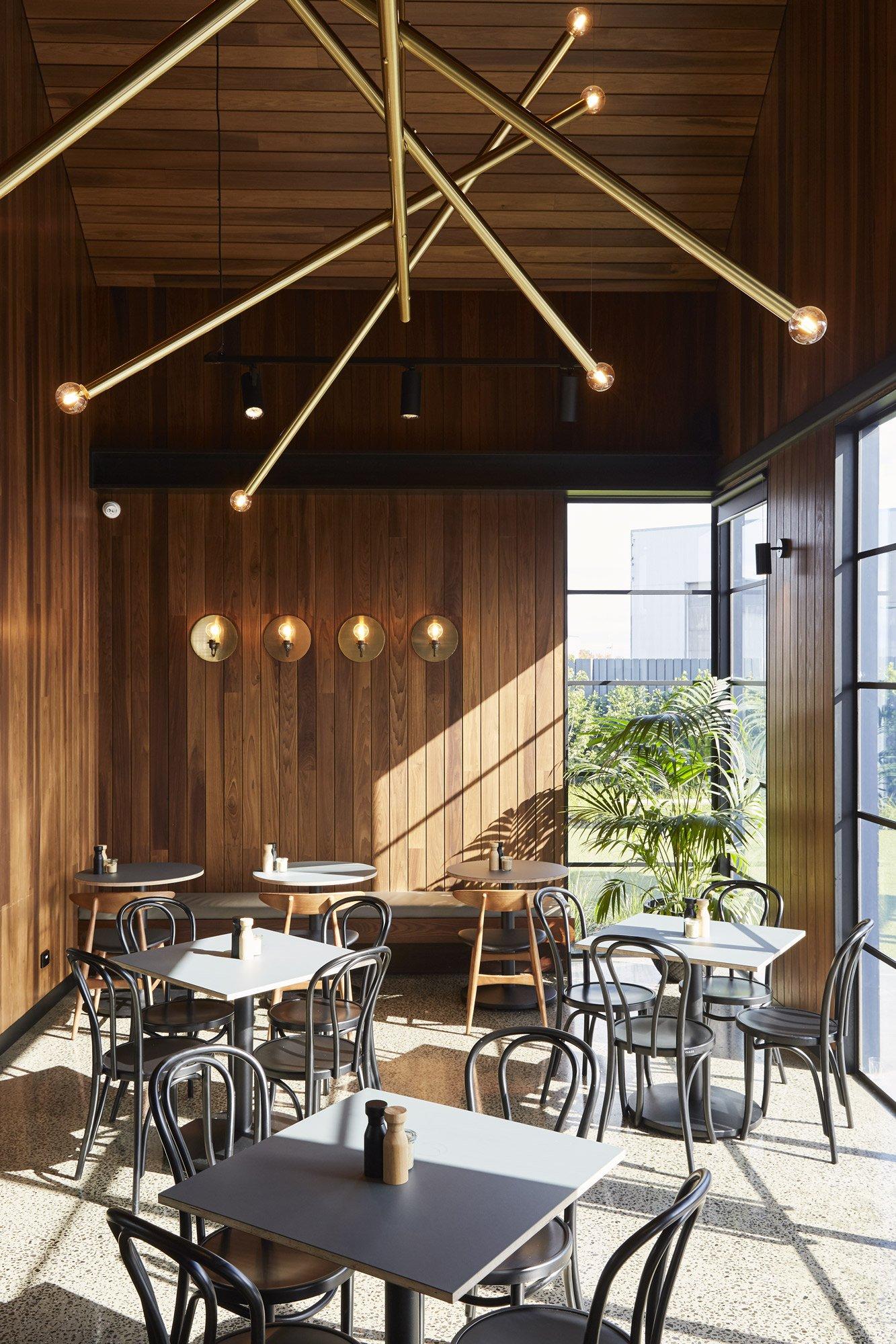 Bruce Henderson Architects |