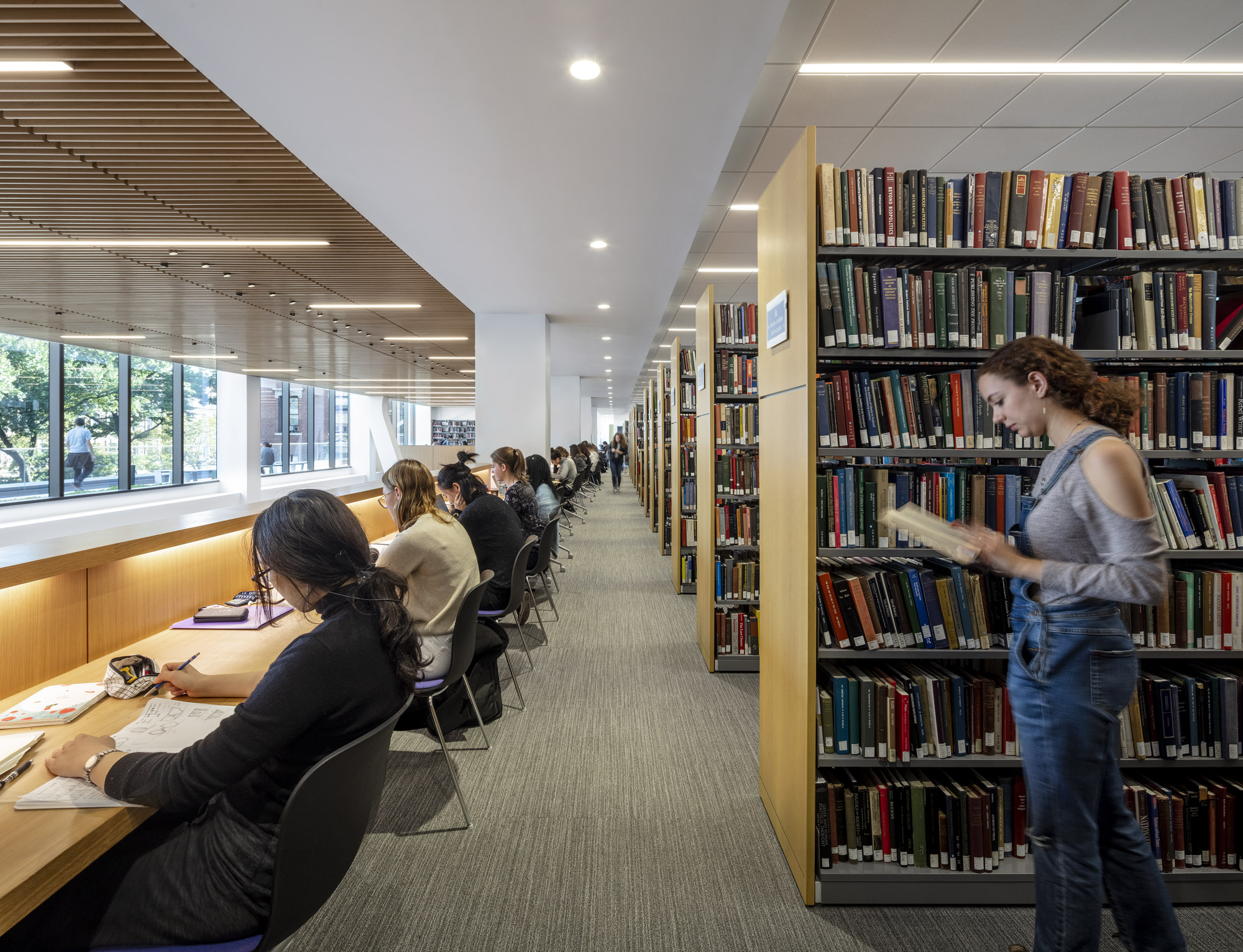 Barnard College, Milstein Center © Magda Biernat