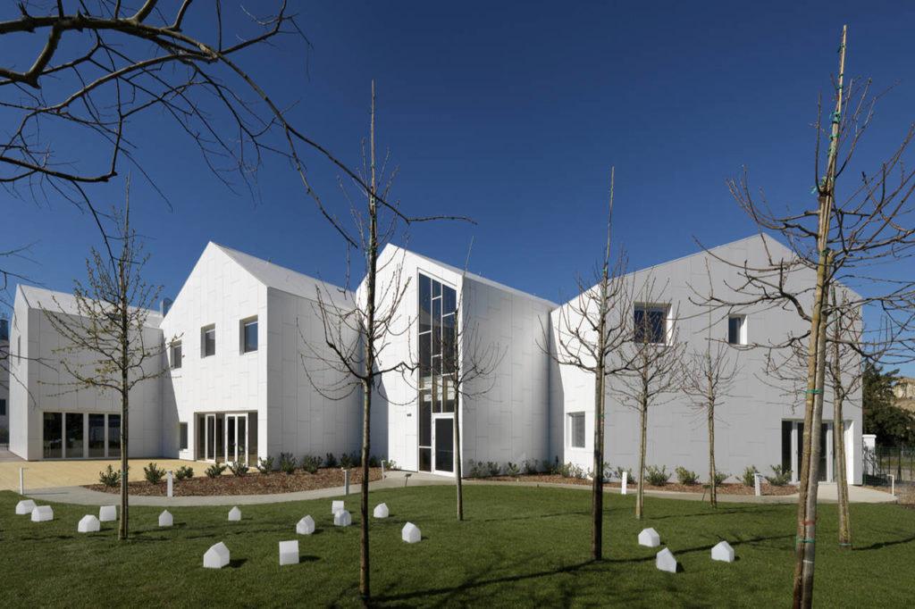Centro socio-sanitario a San Felice sul Panaro, Modena Courtesy MC A