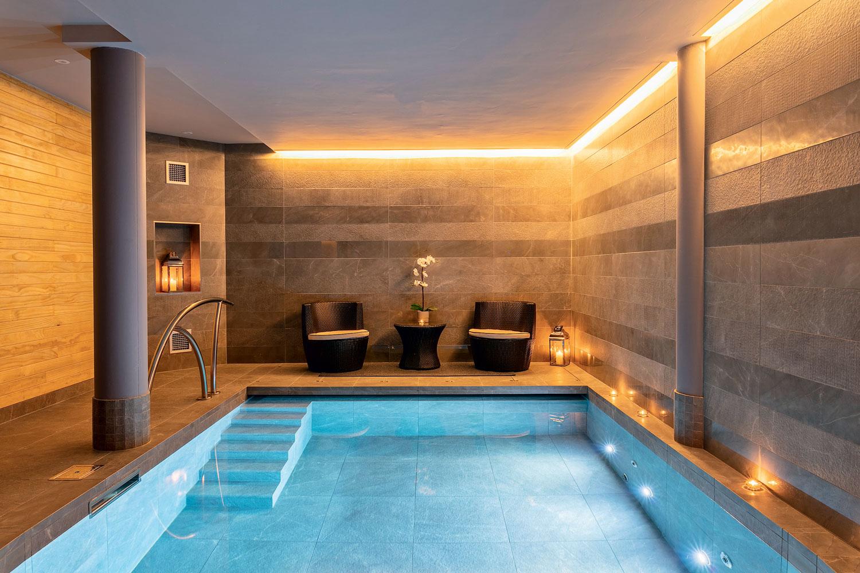 O'Spa wellness center Dublin, Ireland. Tiled surfaces: White Experience by Italgraniti