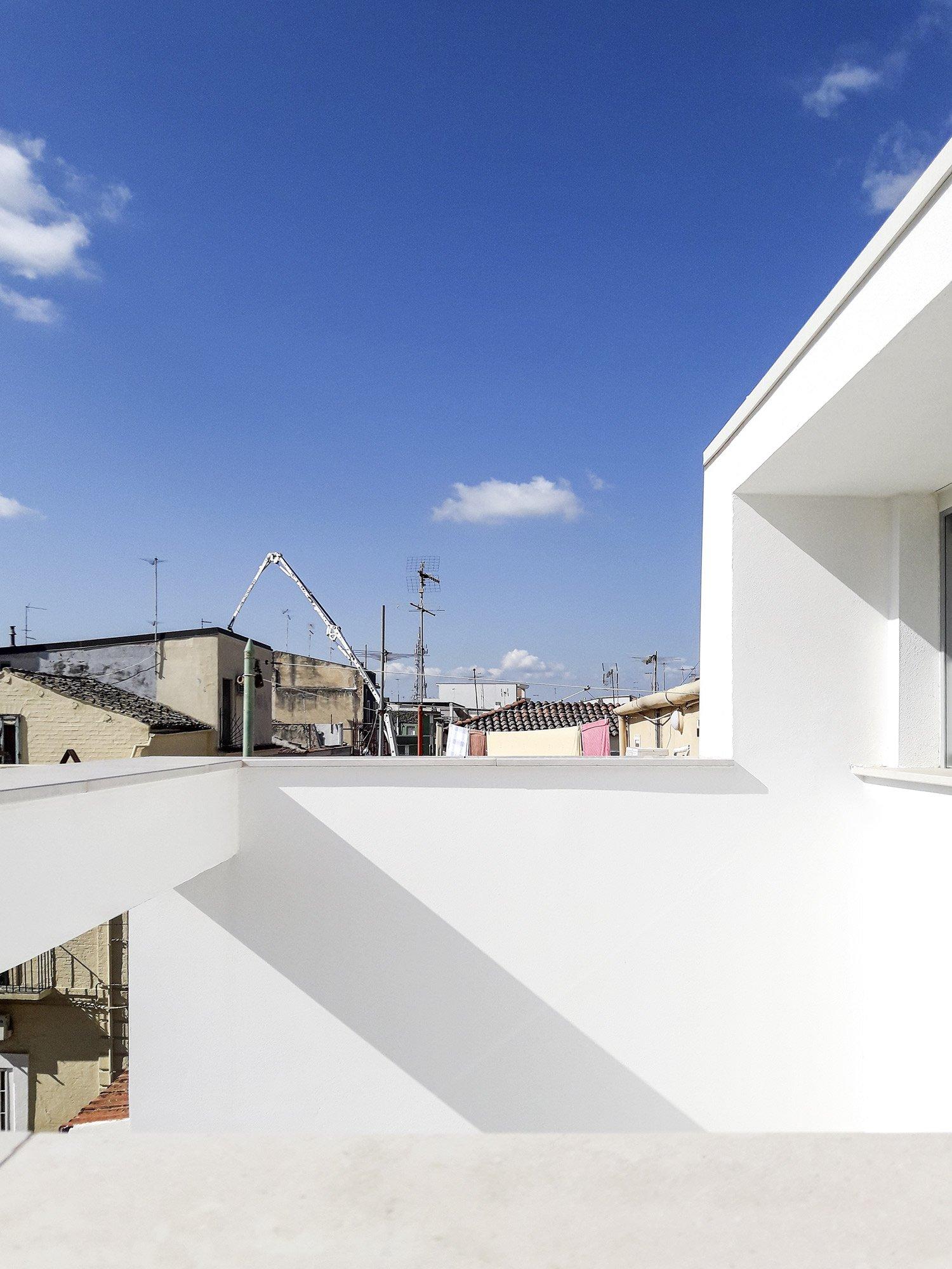 Casa d'angolo, Raimondo Guidacci © Beppe Giardino, courtesy Raimondo Guidacci