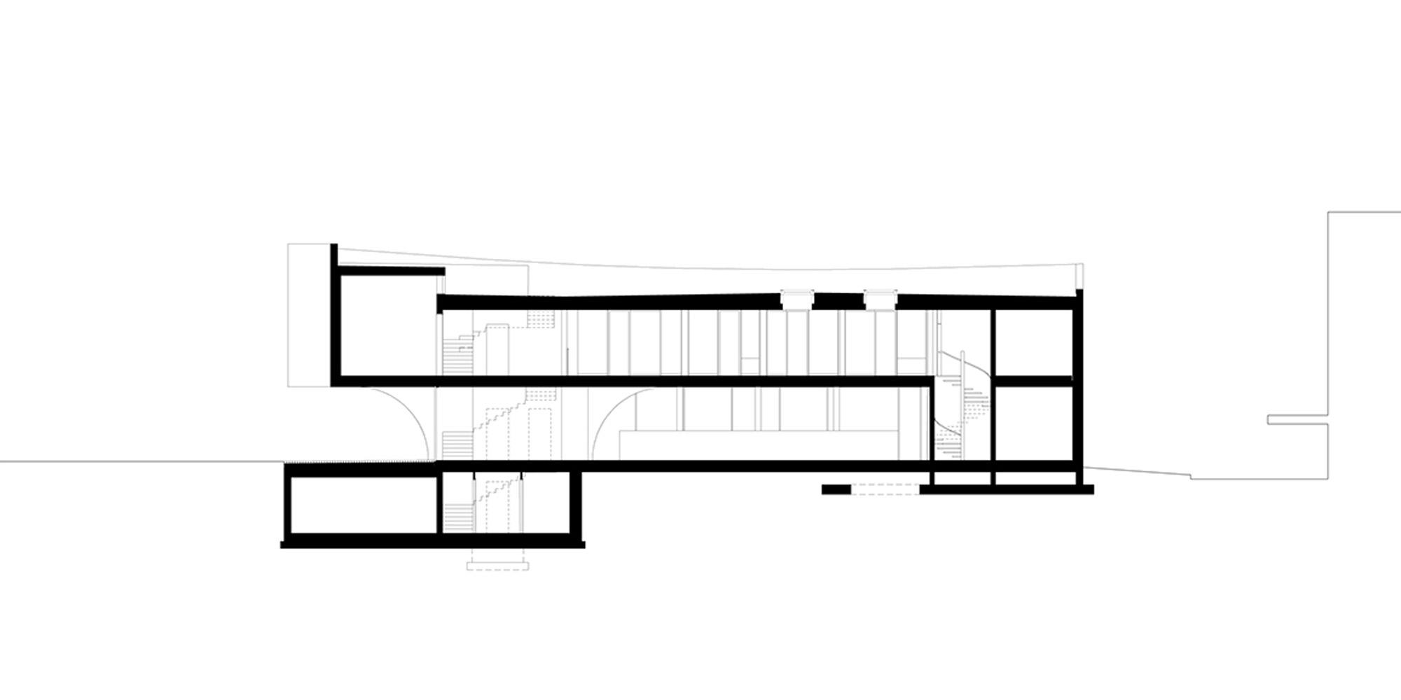 Sezione longitudinale © MoDus Architects