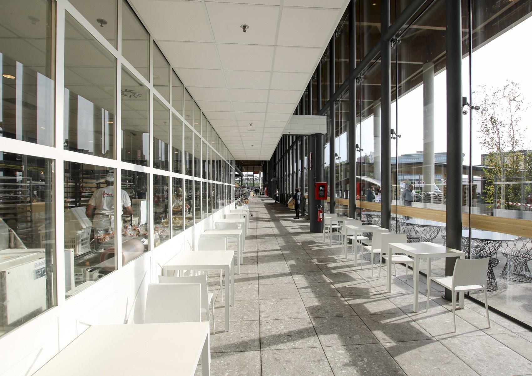 'Il Centro' Shopping Mall Courtesy Saint-Gobain Glass