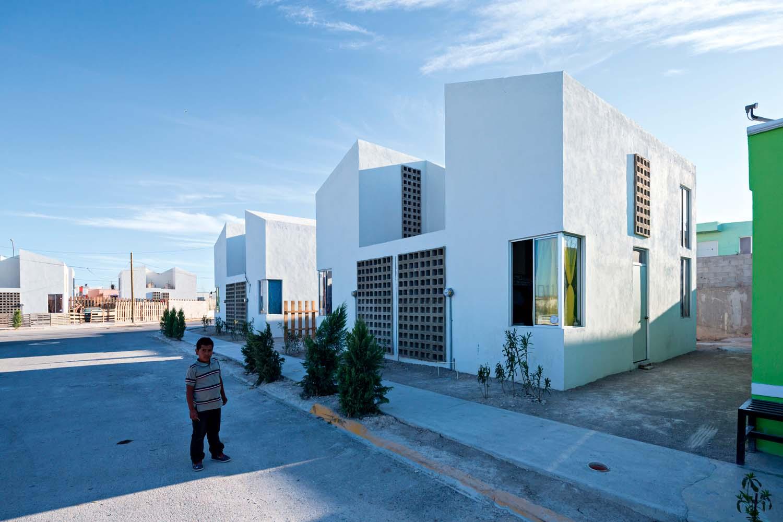 Vivienda Popular Il programma Vivienda Popular è stato impiegato per la ricostruzione di Ciudad Acuña, Messico, 2015.
