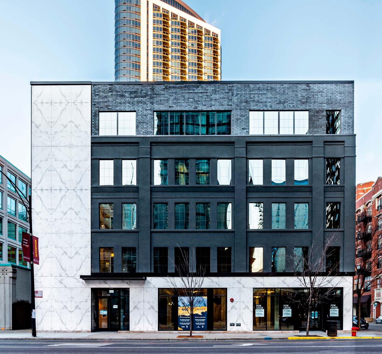 Edificio commerciale e per uffici 444 N. Orleans, Chicago, USA