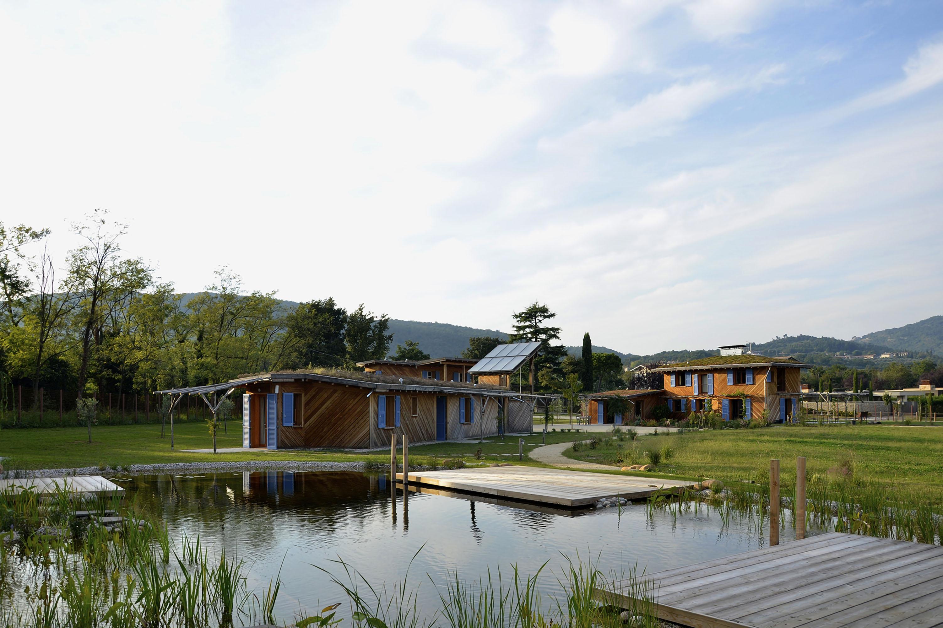 IT11_Houses and riding centre ©studio-Albori