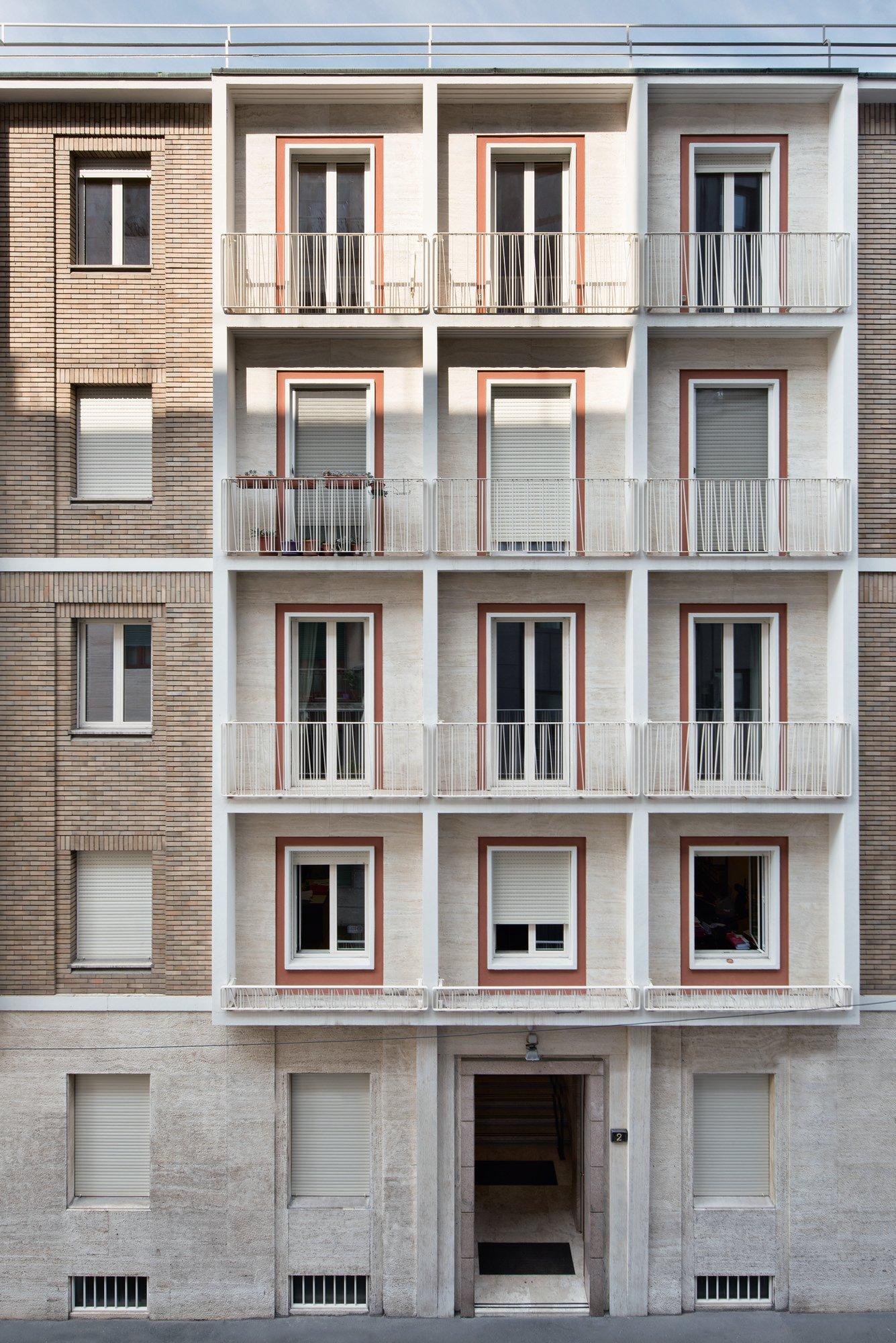 © Carola Merello Edifici per uffici in piazza Erculea / via San Senatore, Milano, 2018