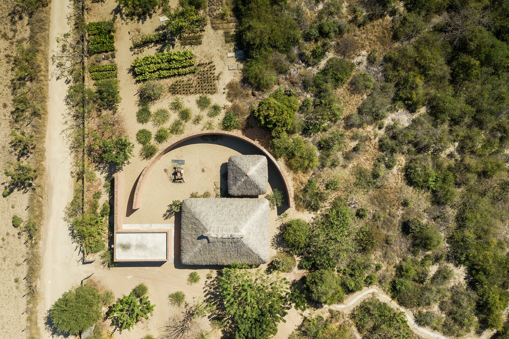 Alvaro Siza - Clay Pavillion