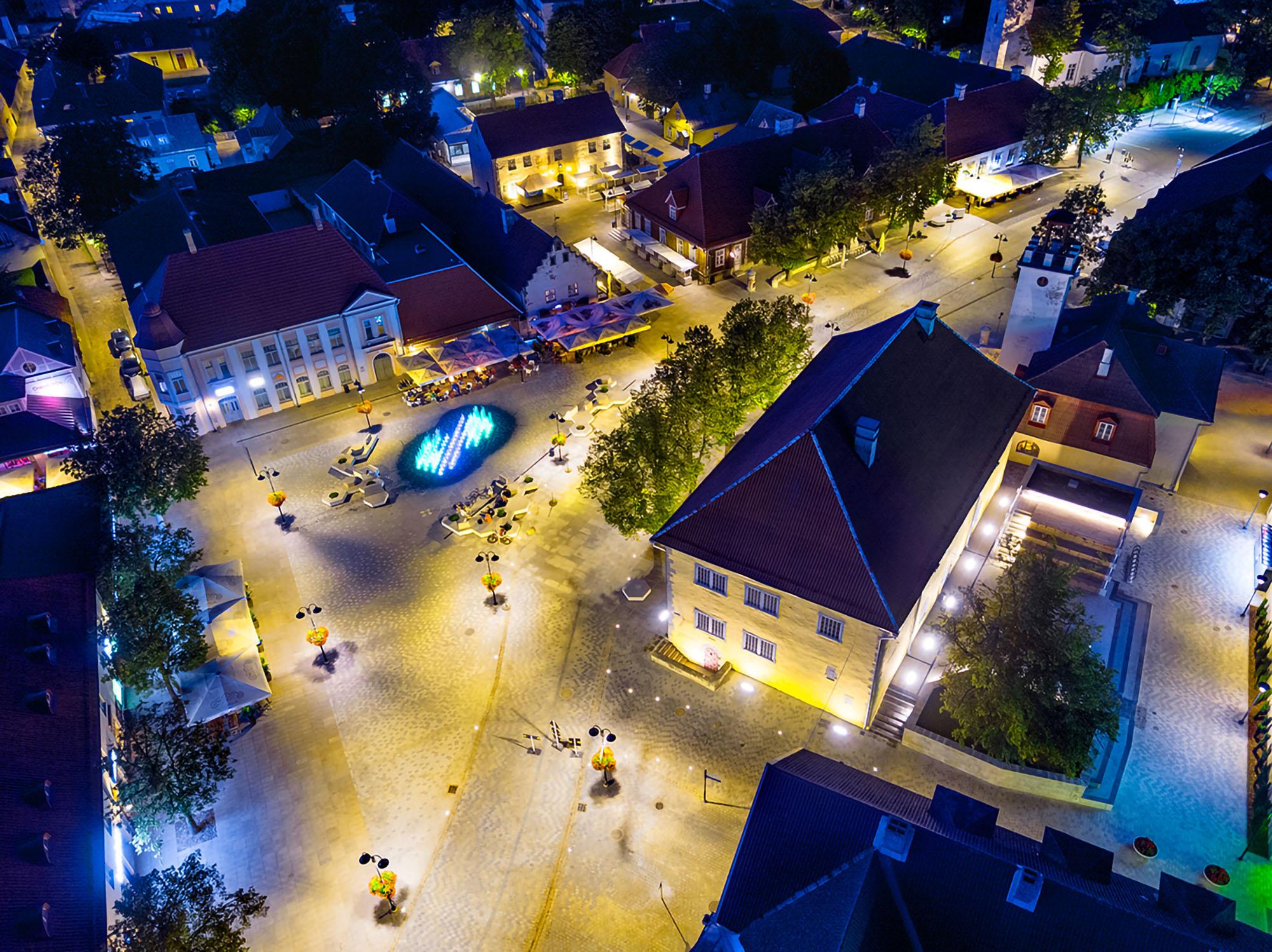 03_Kuressaare piazza centrale ©Tiit Veermäe