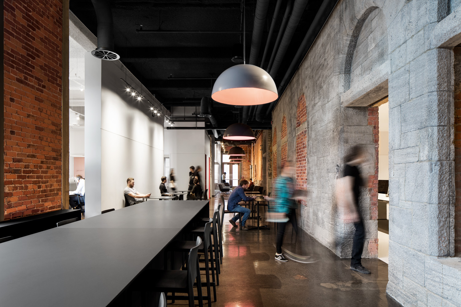 © Adrian Williams courtesy ACDF Architecture What was once the hall between the Viger and Berri train stations has been transformed into a large common area that can accommodate 300 people.