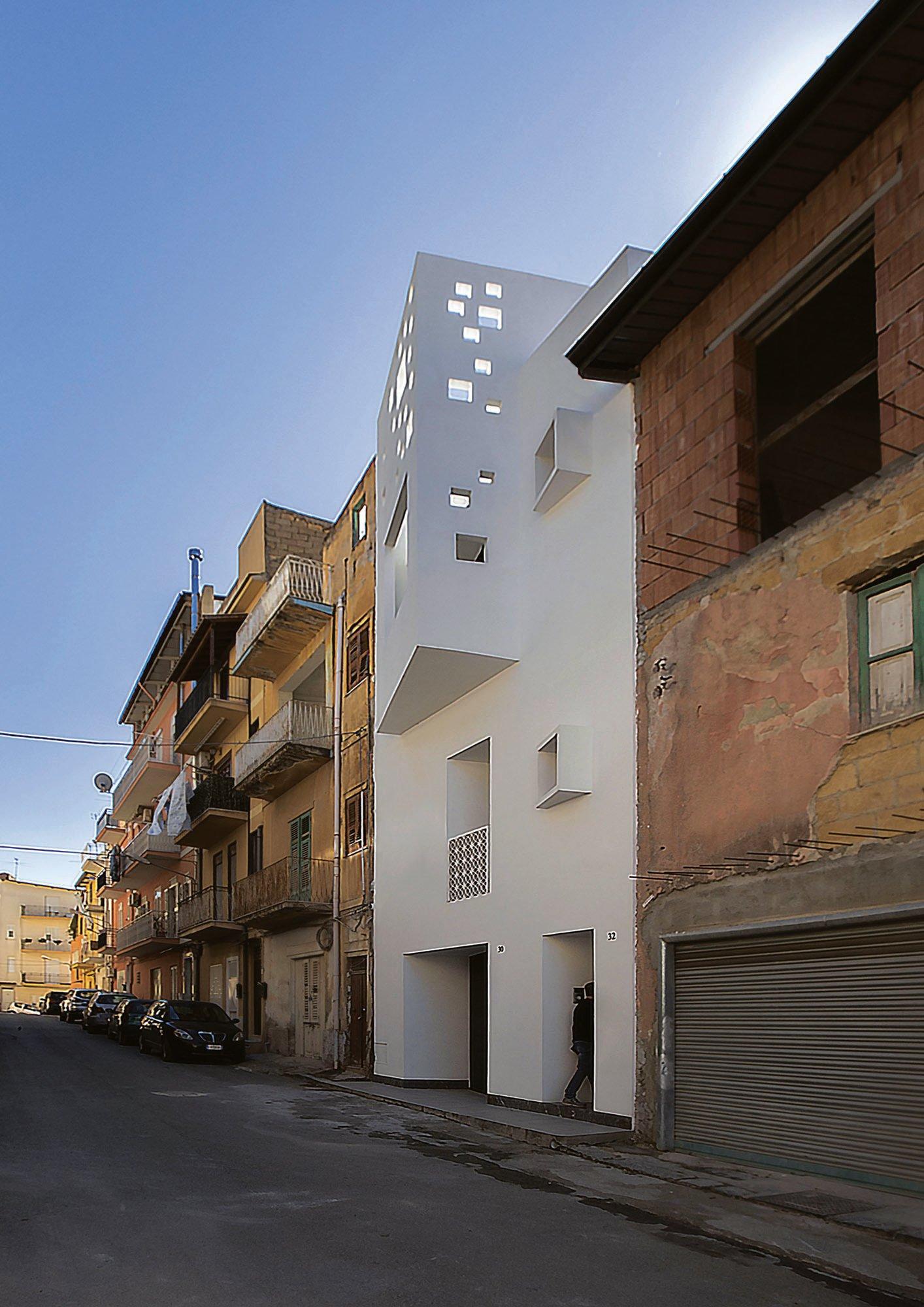 Prospetto principale est, via Udine - Main east elevation, via Udine