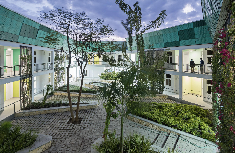 MASS Design Group, GHESKIO Tuberculosis Hospital, Port-au-Prince, Haiti, 2015. © Iwan Baan.