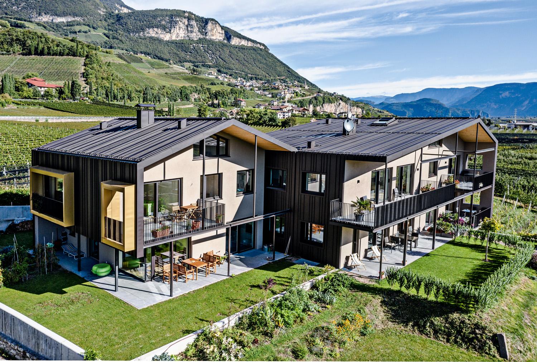 Maso Brunnenhof, Manuel Benedikter Architetto, Cortaccia, Bolzano, rivestimento in alluminio Prefalz® di Prefa. Foto: © Prefa. Tutte le immagini courtesy Alpewa.