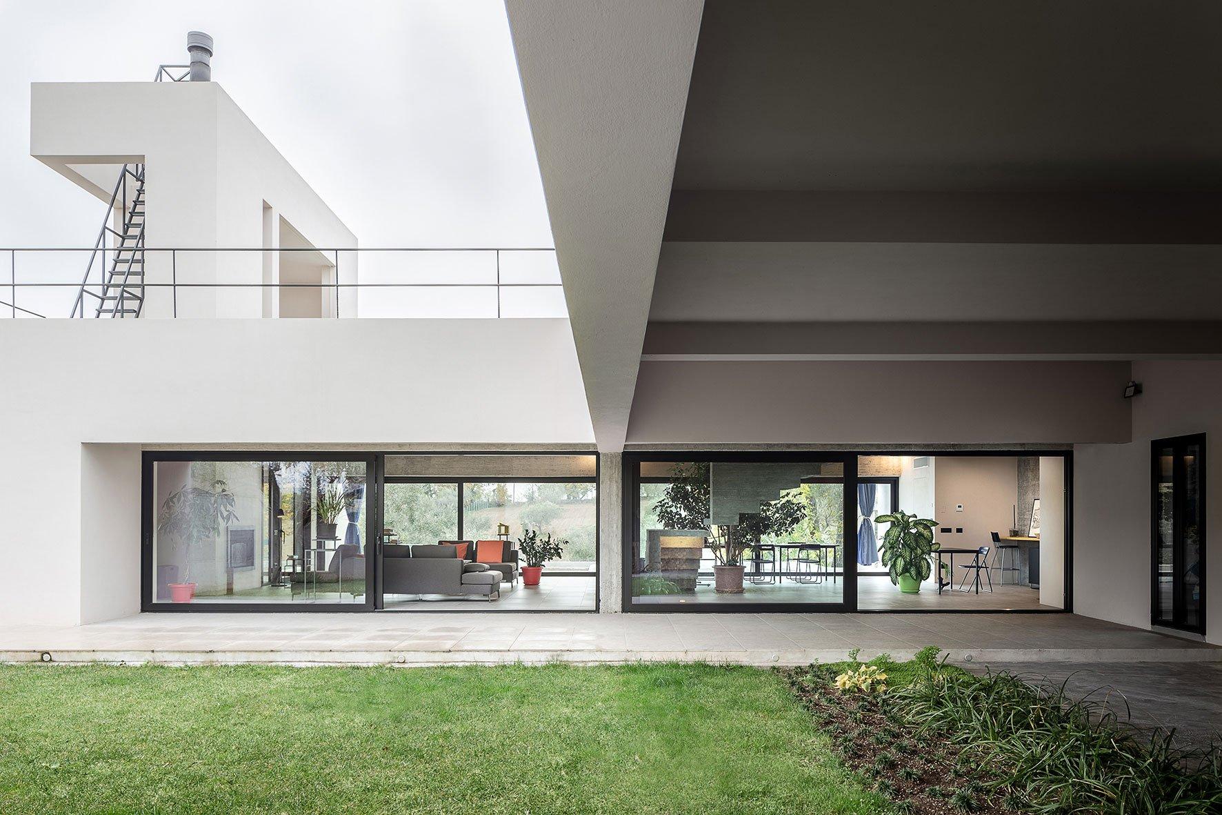 The Villa - Malfona Petrini Architettura - © Angelo Talia